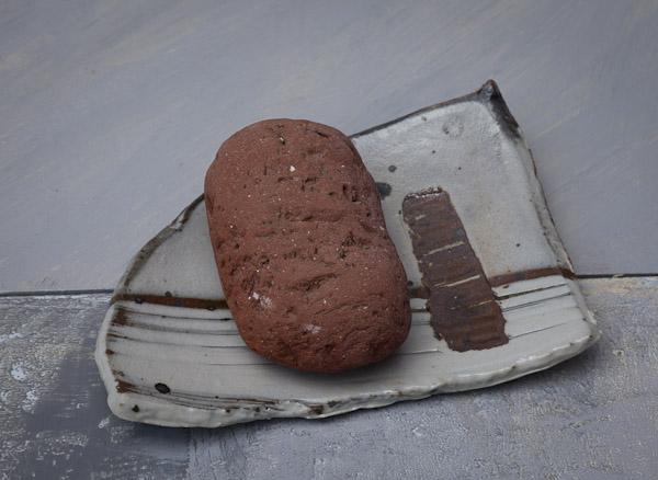 19-brick-on-plate.jpg
